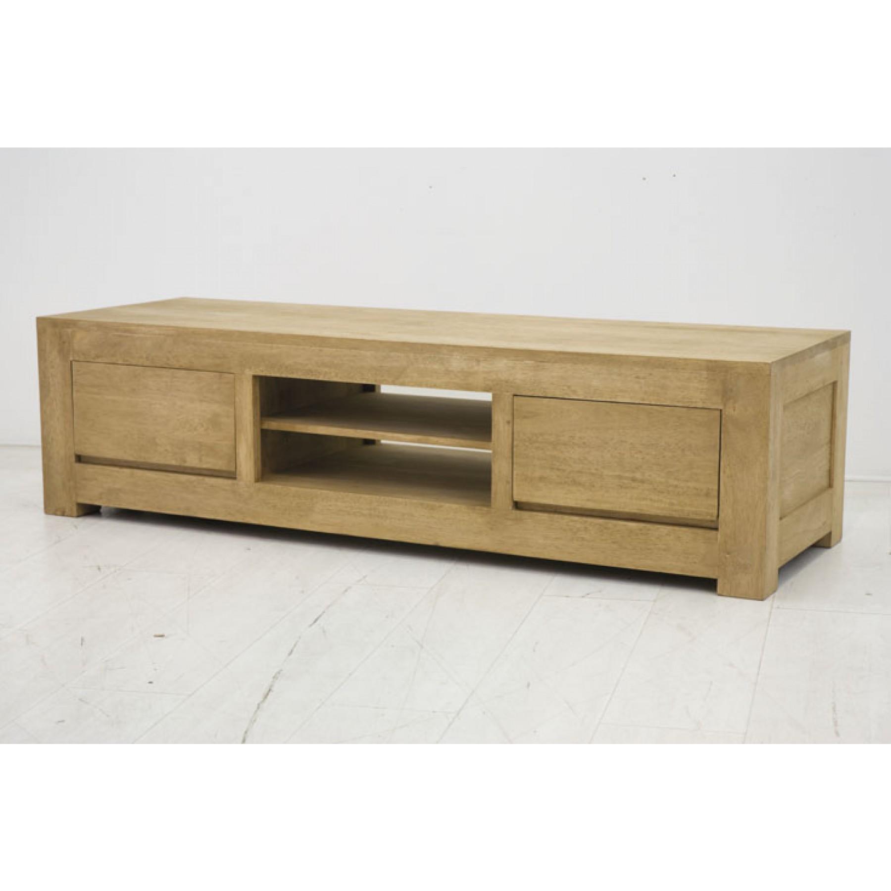 meuble tv bas en bois massif par nomadde mobilier design. Black Bedroom Furniture Sets. Home Design Ideas
