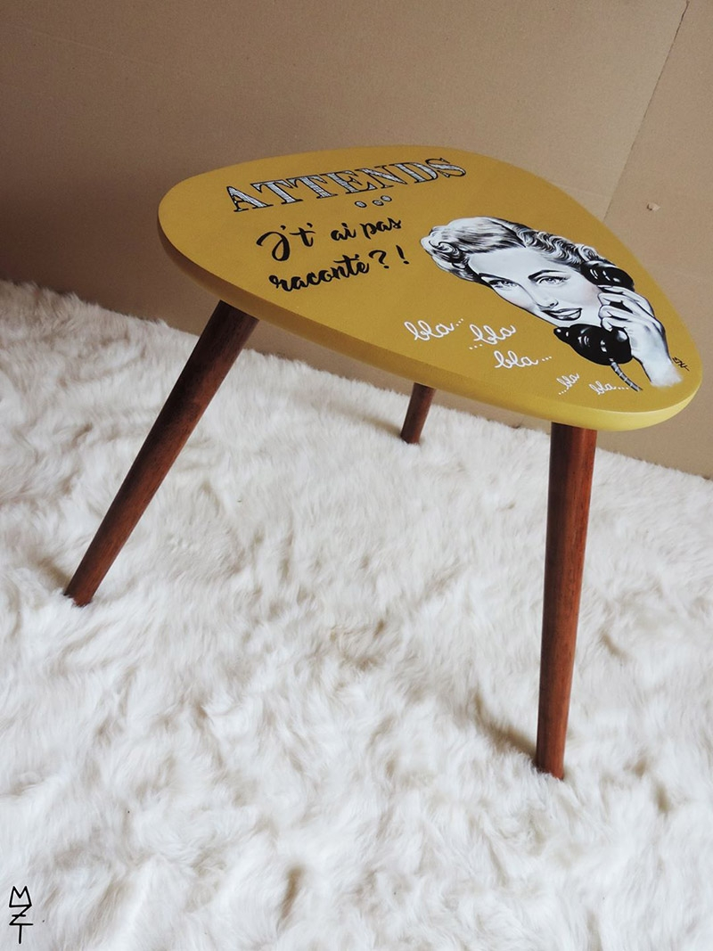 Table basse tripode personnalisée