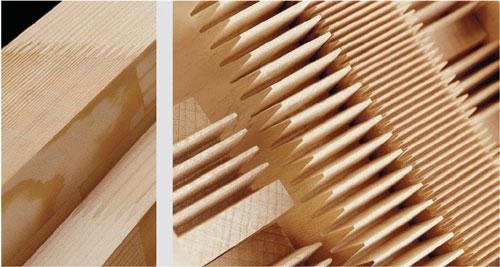 Exemple d'assemblage de bois massif peigne